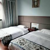 八宿天豪商務酒店