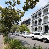 悉尼查利斯酒店