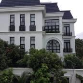 威霍姆斯別墅酒店