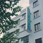 新加坡81酒店 - 芽籠